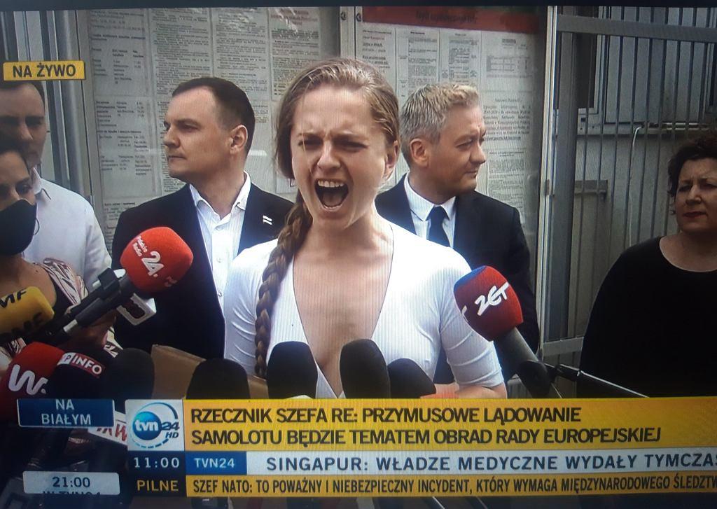Minuta krzyku pod ambasadą Białorusi