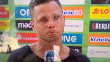 Rafał Gikiewicz nie mógł powstrzymać łez