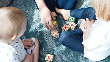 Kiedy dziecko zaczyna mówić? Pięć etapów rozwoju mowy