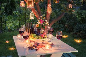 Przyjęcie w ogrodzie - jak urządzić przestrzeń?