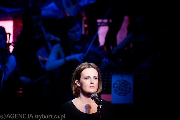 A to bardzo zacna przedstawicielka Joann - Joanna Kołaczkowska, kiedyś z kabaretu Potem dziś z kabaretu Hrabi