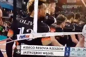 Siatkówka. Jakub Jarosz wyjaśnia dziwne zachowanie względem trenera De Giorgiego: Nie było to celowe