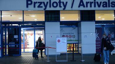 Hala przylotów - port lotniczy Szczecin-Goleniów