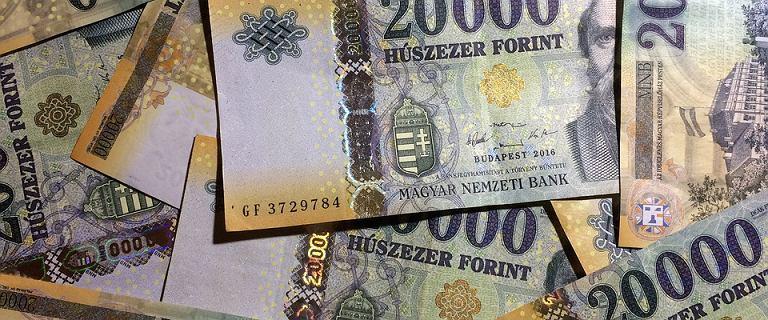 Forint rekordowo słaby wobec euro. Waluty regionu pod presją