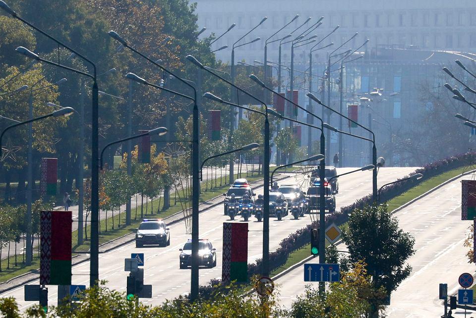 Łukaszenka zorganizował sobie inaugurację szóstej kadencji - po sfałszowanych wyborach prezydenckich. Białoruś, Mińsk, 23 sierpnia 2020