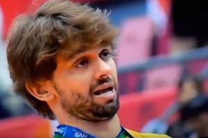 Skandaliczne zachowanie Brazylijczyka na ceremonii wręczenia pucharu. FIVB wszczęła śledztwo