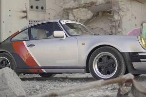 Johnny Silverhand w Cyberpunk 2077 wozi się Porsche 911 Turbo Carrera