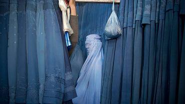 Afgańska kobieta w burce