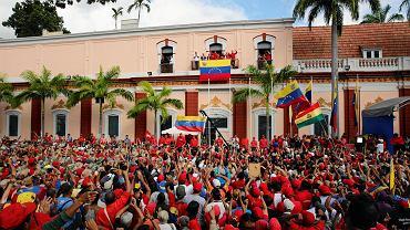 Nicolas Maduro przemawia do swoich zwolenników. Pałac prezydencki w Miraflores. Caracas, Wenezuela, 23 stycznia 2019