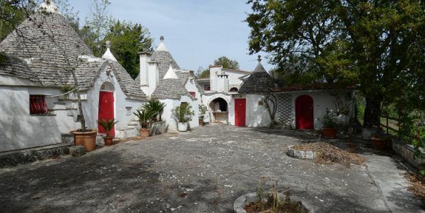 Domki trulli na sprzedaż we Włoszech.