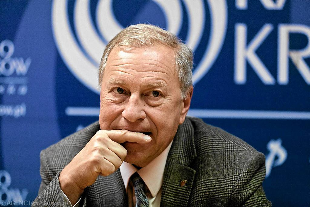 Jerzy Stuhr podczas konferencji prasowej swojego słuchowiska