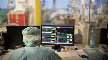 Pandemia koronawirusa. Szpitalny Oddział Ratunkowy w Szpitalu Uniwersyteckim. Białystok, 9 listopada 2020