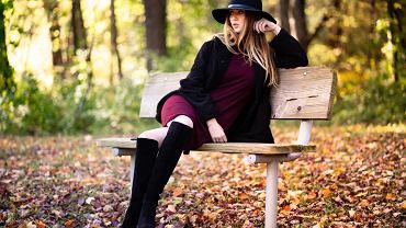 sukienka jesienna, zdjęcie ilustracyjne