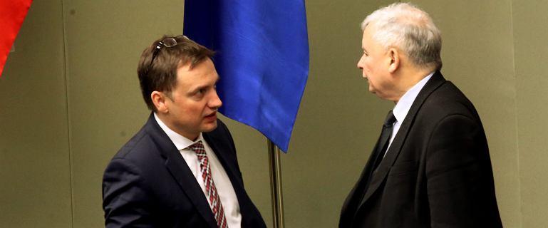 Poseł PO pytał o przyjazd Kaczyńskiego do Ziobry. Jest odpowiedź