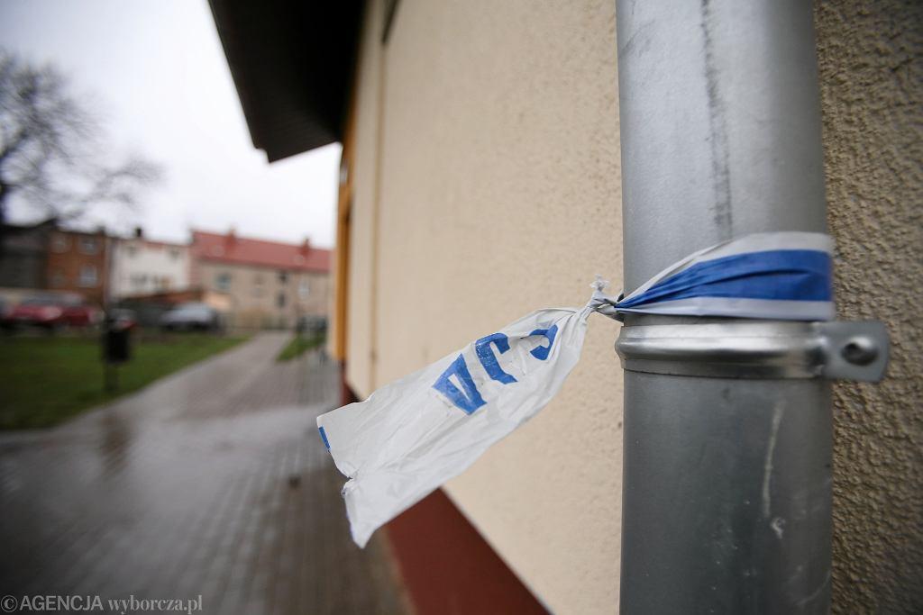 Wrocław. Przeprowadzono sekcję zwłok noworodka znalezionego w worku. Dziecko urodziło się żywe