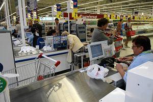 Hipermarkety w Polsce nigdy nie przędły tak cienko. Słabe dane Nielsena