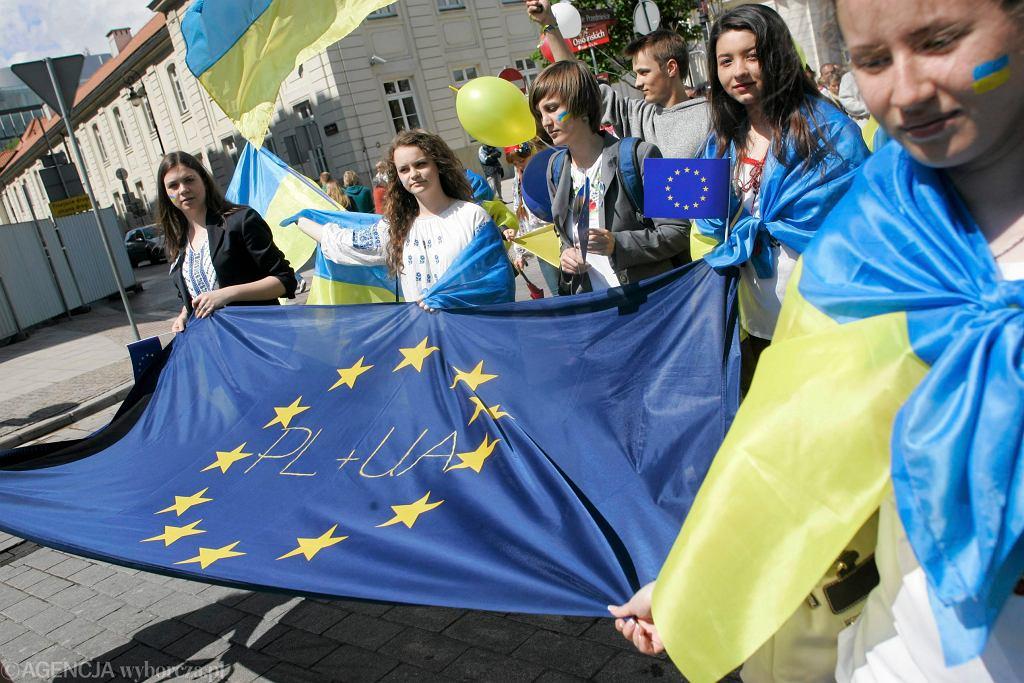 Ukraińcy podczas Parady Schumana w Warszawie, 2014 r.