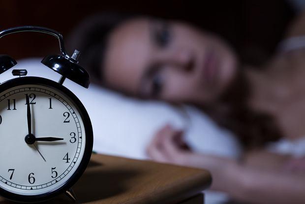 Masz problemy ze snem? Są proste metody, żeby temu zaradzić