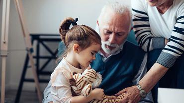 Dzień Babci i Dziadka wypada 21 i 22 stycznia. Zdjęcie ilustracyjne