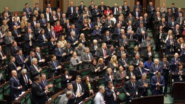 Posłowie PiS po przegłosowaniu ustawy