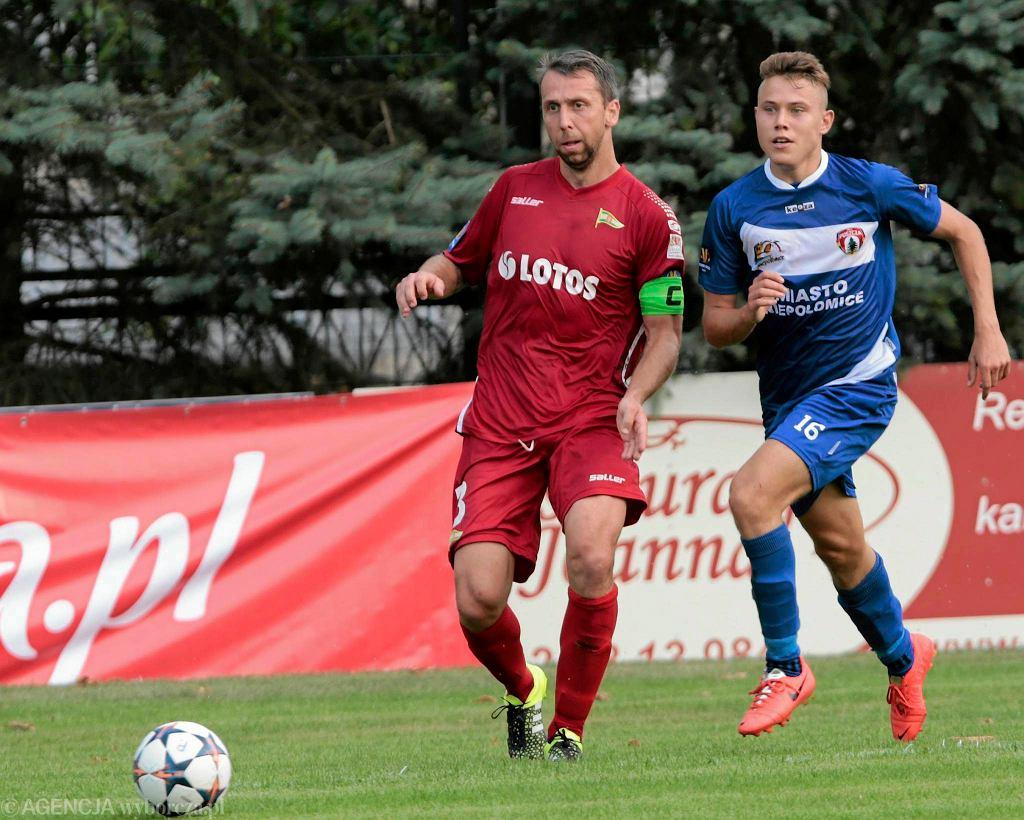 Z lewej Jakub Wawrzyniak