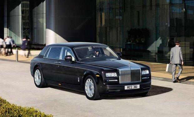 Rolls-Royce Phantom z rozszerzonym rozstawem osi