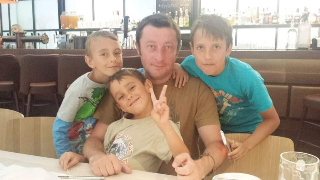 Dariusz Zeller z synami