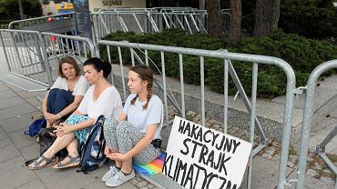 Wakacyjny strajk klimatyczny w Warszawie