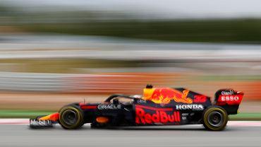 Gigantyczne zmiany w F1! Red Bull zrzucił Mercedesa z pozycji nr 1 w obu klasyfikacjach