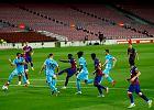 Trener Leganes próbował oszukać piłkarzy Barcelony. Sędzia go wyrzucił w 95. minucie