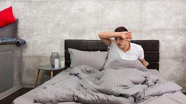 Przyczyną nocnych potów może być nerwica