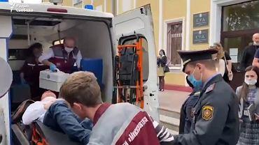 Sciapan Łatypau przewożony do szpitala