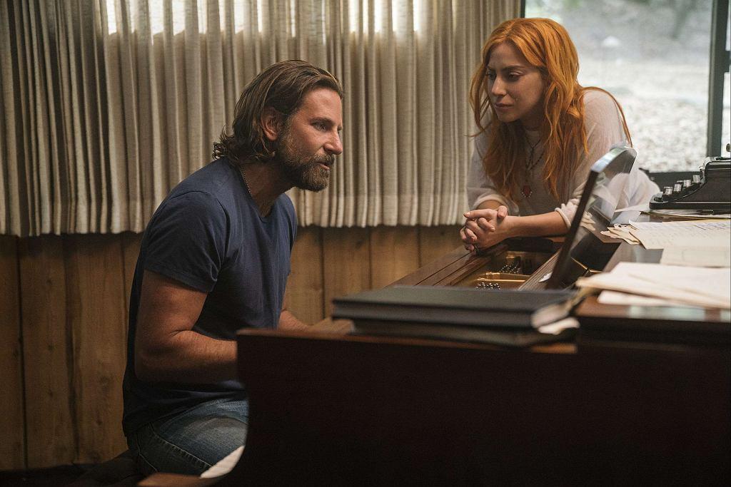 Lady Gaga i Bradley Cooper w filmie 'Narodziny gwiazdy' / Materiały prasowe