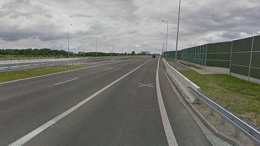 Na autostradzie A2 w okolicach Grodziska Mazowieckiego doszło do wypadku. Dwie osoby, w tym trzyletnie dziecko, znalazły się w szpitalu