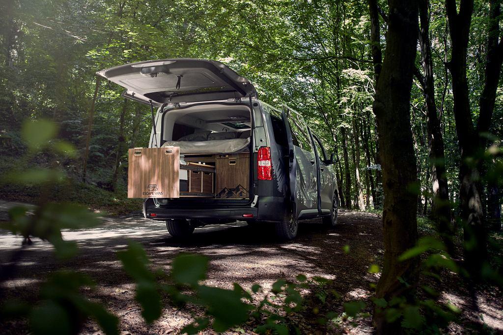 Toyota PROACE Verso z modułową zabudową Escape Vans