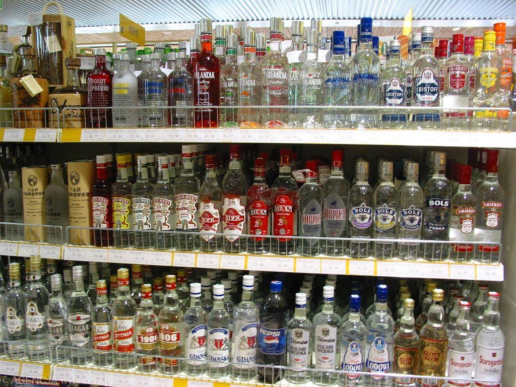 Z półek sklepowych zniknie wódka Luksusowa