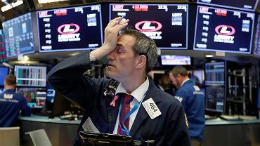 Głębokie spadki na Wall Street