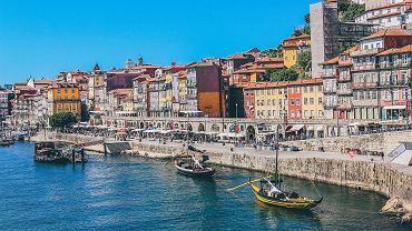 Weekendowe restrykcje w Portugalii. Chaos w sklepach i aptekach przeprowadzających testy