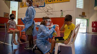 Koronawirus w Izraelu. Najwięcej zakażeń od 24 marca. Alarmujące doniesienia o Delcie Plus