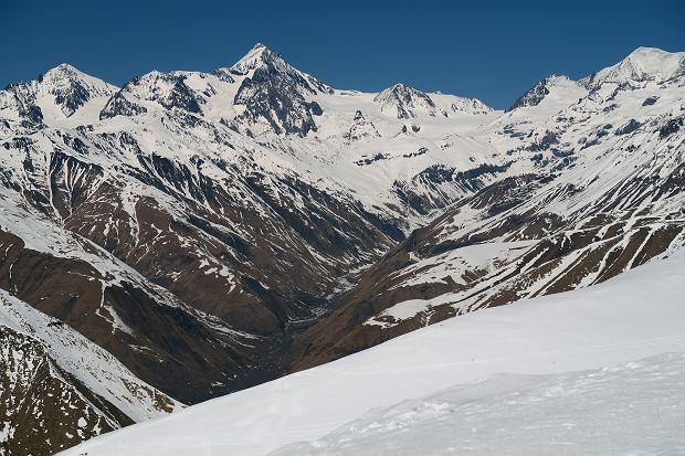 Zdjęcie numer 2 w galerii - Gruzja zaprasza narciarzy