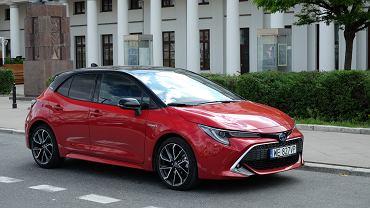 Toyota Corolla 2.0 Hybrid 180 KM e-CVT