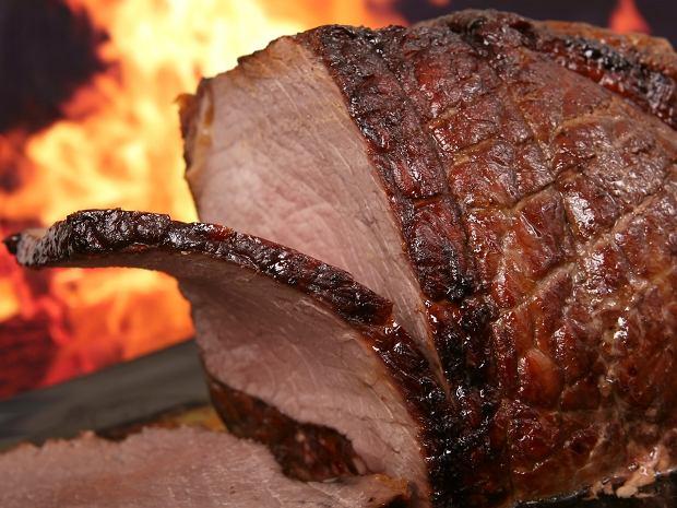 Doskonałe mięsa i steki - te sprzęty pomogą je przygotować