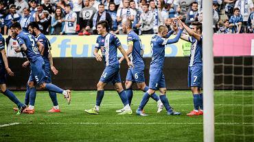 Lech Poznań - Pogoń Szczecin 1:0. Z prawej Karol Linetty
