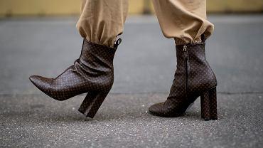 Wygodne i stylowe - to idealna propozycja dla kobiet po 50-tce