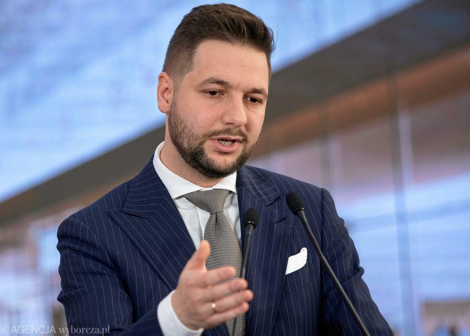 Wiceminister sprawiedliwości Patryk Jaki ocenił, że skazany za serię napadów na banki Stefan W. dostał za te zbrodnie zbyt niski wyrok