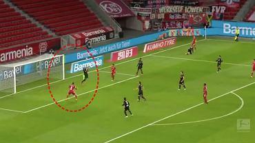 Gol Lewandowskiego z Bayerem