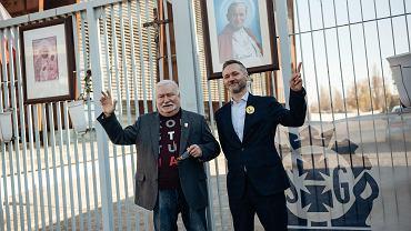 Lech Wałęsa i Jarosław Wałęsa na wspólnej konferencji w sprawie strajku nauczycieli