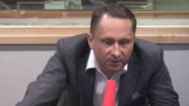 Kamil Durczok w studiu radia TOK FM