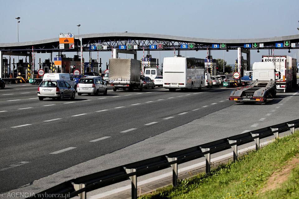 Bramki na autostradzie A4 pod Krakowem. Zdjęcie ilustracyjne.
