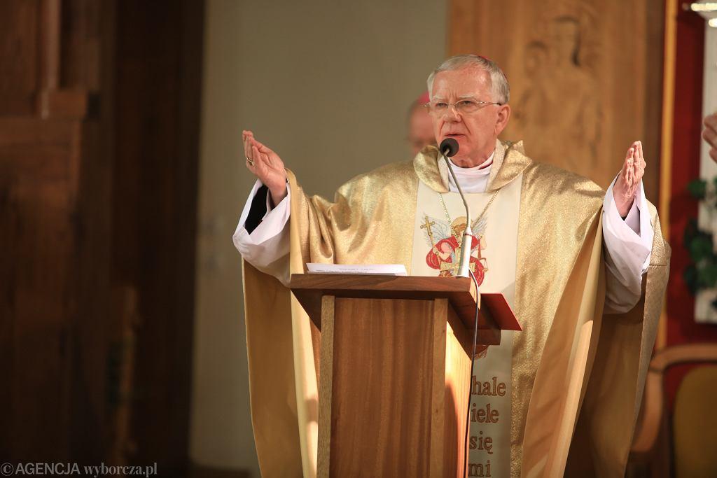 Ślązacy bojkotują męską pielgrzymkę do Piekar Śląskich. Powodem jest abp. Marek Jędraszewski